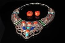 art-treasures-beads-from-around-the-world-shoot2-40