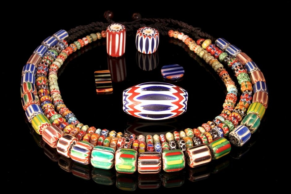 art-treasures-beads-from-around-the-world-shoot2-43