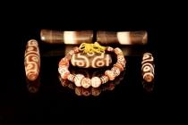 art-treasures-beads-from-around-the-world-shoot2-36