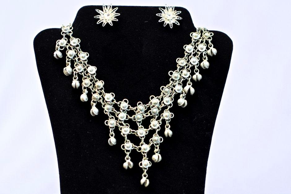 art-treasures-jewelry-from-around-the-world-28