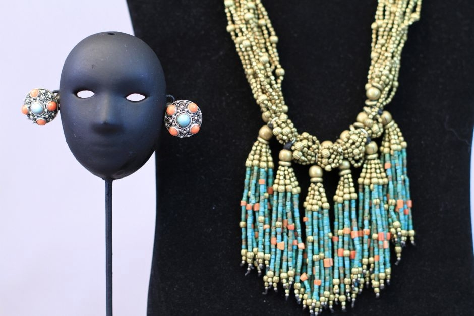 art-treasures-jewelry-from-around-the-world-41