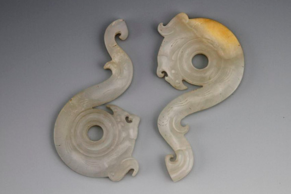 Warring State - White Jade Dragon - Matching Pair